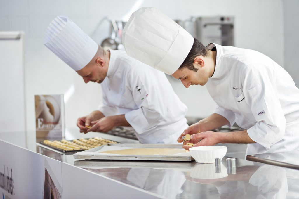diventare pasticciere corsi professionali a tavola con lo chef